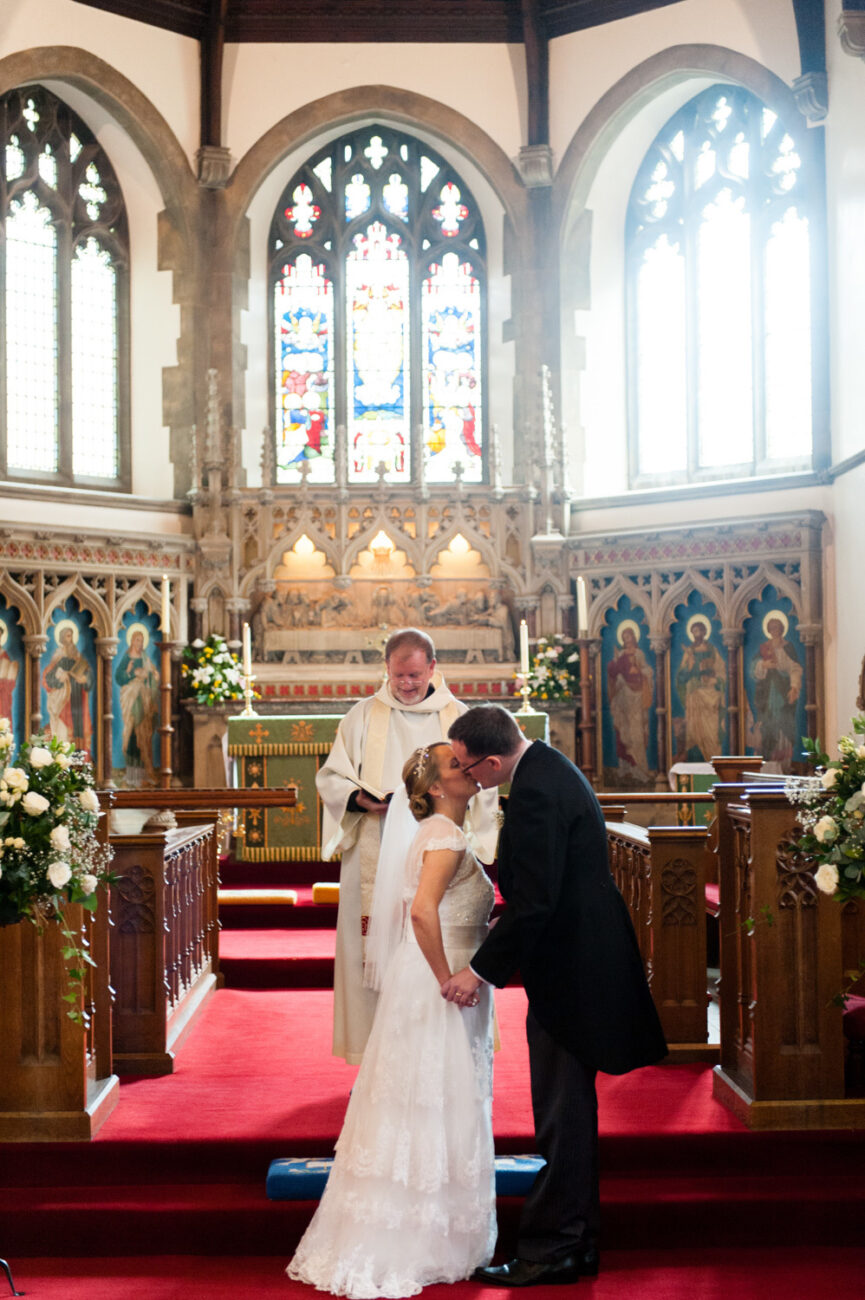 Wedding photos in Winchmore Hill Church, North London