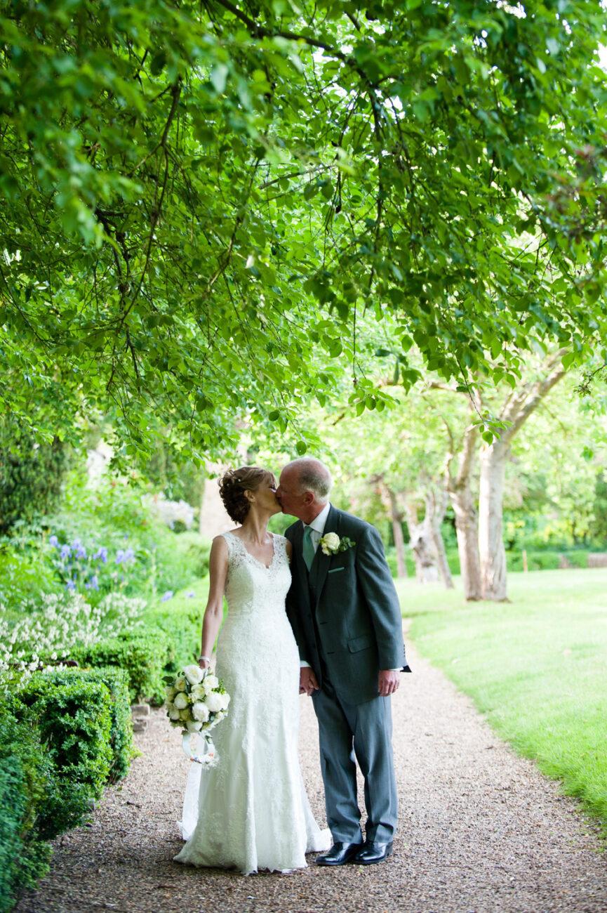 Professional wedding photos - Maureen & Jerry, Herts